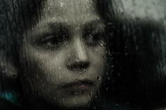 Regard de pluie (PaxaMik) Tags: autumn window rain automne pluie triste raindrops tristesse regard vitre gouttes mlancolie traverslavitre