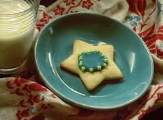 Peace and Quiet (bjg_snaps) Tags: cookie star cookiesandmilk milk holidays sugarcookie plating