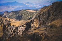 Bajando hacia Ameca (adan_jardon) Tags: volcanes popo iztaccíhuatl pasodecortés nubes amecameca acantilado montaña campismo alpinismo