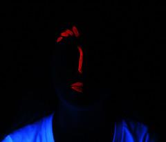 SofiaSchakel (Sofia Schakel) Tags: blacklight glow glowing longexposure redglowing red black light lightatnight