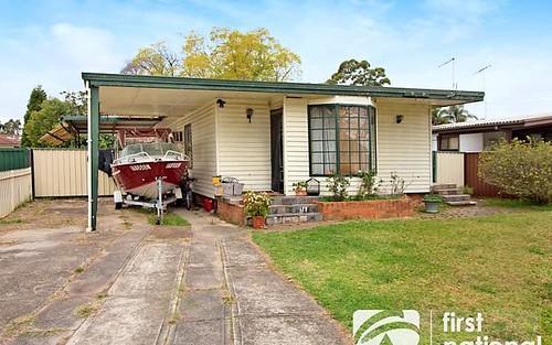 11 Goroka St, Whalan NSW 2770