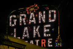 late night show at the grand lake (pbo31) Tags: oakland eastbay alamedacounty bayarea nikon d810 color california boury pbo31 december 2016 film grandlake theater sign lights cinema historic lakemerritt roof