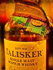 Scotch & Tartan (MarkRosauer) Tags: talisker skye scotch whisky tartan bottleneck diageo medallion