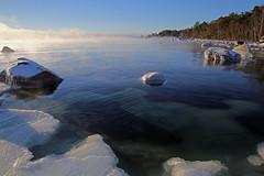 2238 (Mikael Laaksonen Photography) Tags: ice water sea finland porvoo emäsalo