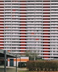 Heutiges @IgersStuttgart InstaMeet bei der Wohnsiedlung Hannibal im Stuttgarter Stadtteil Asemwald. Die drei Wohnblöcke wurden 1968 bis 1972 erbaut und haben mit 23 Stockwerken eine Höhe von rund 70 Metern und gehören mit 1143 Wohnungen zu den größten Eig (TiloHensel) Tags: heutiges igersstuttgart instameet bei der wohnsiedlung hannibal im stuttgarter stadtteil asemwald die drei wohnblöcke wurden 1968 bis 1972 erbaut und haben mit 23 stockwerken eine höhe von rund 70 metern gehören 1143 wohnungen zu den grösten eigentümergemeinschaften deutschlands hannibalmeet