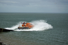Moelfre Lifeboat Launch 3-8-15 (G Gibson) Tags: lighthouse south royal stack institute lifeboat national angelsey rnli moelfre