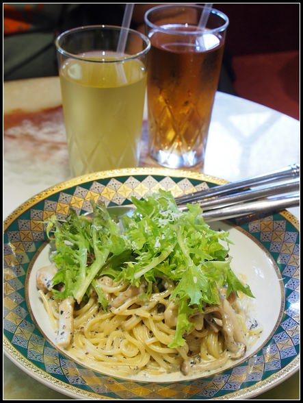 台南美食推薦 ▎ HIBARI雲雀ひばり。日式昭和氛圍裡享用美食