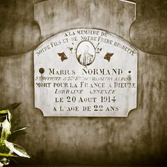 Au cimetière de La Côte-Saint-André (Isère, France) (Denis Trente-Huittessan) Tags: mortpourlafrance dieuze mariusnormand 20août1914 lorraineannexée