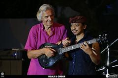 JohnMcLaughlin-guitar-RullyFabrian (jazzuality.com) Tags: saat johnmclaughlin dewabudjana shadurasjidi johnmclaughlinandthe4thdimension yandiandaputra armaubud duajiguruji martinsiahaan