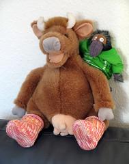 Booties for Mama Moo (cats_in_blue) Tags: knitting babybooties strik mamamoo mormuh mamamuh