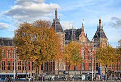 Station Amsterdam Centraal, The Netherlands (PhotosToArtByMike) Tags: amsterdamcentraal centralrailwaystation amsterdam centrum centercity railwaystation netherlands dutch holland northholland