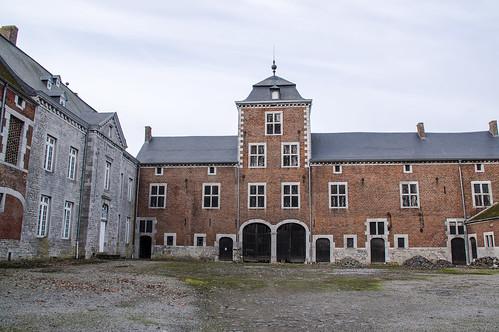 Warnant-Dreye, kasteelhoeve d'Oultremont