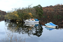 autumn reflections (Duncan the road rebel) Tags: boat reflection autumn water loch lochlomond scotlandslandscape scottishlandscape scottish scotland sailing autumncolour outdoor outside
