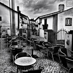 Rainy day (Pedro Nogueira Photography) Tags: pedronogueira pedronogueiraphotography photography iphone5 iphoneography portugal blackandwhite monochrome outdoor streetphotography