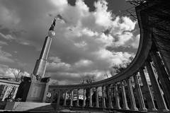 Soviet War Memorial (Phil_Meier) Tags: soviet sowjet union sowjetunion red army rote armee kommunismus sozialismus monument denkmal memorial architektur architecture war monochrome black white vienna wien austria österreich ww2 second worldwar two zweiter weltkrieg udssr ussr cccp sssr wide angle weitinkel tokina 1116 1116mm