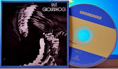 "Groundhogs ""Split"" CD Cover and Disc (standhisround) Tags: uk music art rock artwork album cd band blues cover albumcover cdcover split psychedelic albumart hardrock compactdisc groundhogs psychedelicrock"