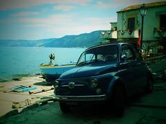 Fiat 500 ready to swim (Stinoo) Tags: italy italia fiat 500 scilla calabria italië cinquecento calabrië