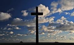 mont St Michel at left , Tombelaine island at right ... (jean-marc losey) Tags: normandie montstmichel tombelaine ciel nuage contrejour croix france d700