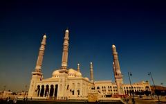 SALEH MOSQUE - EXTERNAL, Sanaa, Yemen (..friend_faraway..) Tags: building big islam prayer entrance courtyard mosque huge yemen sanaa masjid external salehmosque