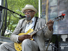 Bill Sims, Jr. (Heritage Blues Orchestra) - 2015 Chicago Blues Festival (Joao Eduardo Figueiredo) Tags: show park summer music usa chicago heritage june festival musicians us bill office concert nikon icons cross audience live grant stage events gig crowd group performance band roots shell free blues front legendary stages special entertainment musical artists porch orchestra legends tribute roads guest tradition fest venue performers allstar act joint appearance sims performances mayors acts lineup bluesmen juke admission chicagobluesfestival 2015 petrillo joaofigueiredo billsimsjr nikond800e heritagebluesorchestra joaoeduardofigueiredo