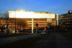 Science Park (blondinrikard) Tags: oktober reflections gteborg october sweden radisson sunny trafficsigns sciencepark pressbyrn 2015 lindholmen trafikmrken trafikskyltar lindholmensciencepark jvlaphitt