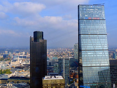 Tower 42 & Leadenhall Skyscraper (Kombizz) Tags: uk building london architecture skyscraper postmodern thecity financialdistrict tower42 skygarden walkietalkie cityoflondon rafaelvioly 20fenchurchstreet kombizz halcrowyolles 20fenchurch carbunclecup walkietalkieskyscraper leadenhallskyscraper commercialskyscraper concavedesign 1120777 skypod35 tower42leadenhallskyscraper