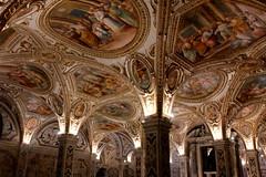Italy - Salerno, crypt ot the cathedral (dario lorenzetti) Tags: italy salerno crypt cathedral cripta cattedrale volta affresco