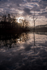 Sunrise (Jon Ariel) Tags: sunrise lake hallcounty ga georgia morning