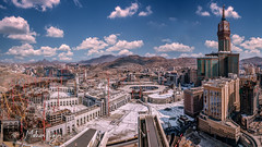 Sacred Mosque (MNmagic) Tags: sony a6300 alpha mnmagic mecca makkah panorama skyscraper skyline tower saudiarabia mosque atthetop outdoor cc0 city architect fe2870 architecture flickrheroes flickrfriday flickr