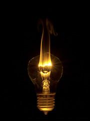 Burn out. (david_drei) Tags: glühlampe lightbulb