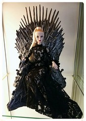 Agnes....Queen of the Seven Kingdoms - The Iron Throne Game of Thrones 1/6 Scale Replica (JennFL2) Tags: sister moguls agnes fashion royalty game thrones iron throne replica 14 inch 16 scale darkhorse hbo limited edition