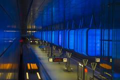 U-Bahnhof HafenCity Universitt 4 (Ralf Muennich) Tags: hamburg symmetry ubahn architektur subwaystations geometrie symmetrie ubahnhfe