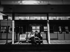::.: (kalekumeak) Tags: ionmarkel euskalherria basquecountry gipuzkoa eibar geltoki station tren train jende people kale street zuribeltz bw blackwhite iphone6plus iphoneography kalekumeak streetphotography apple iphonekeriak