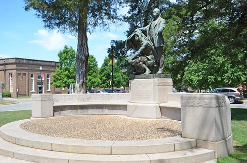 Booker T. Washington, Alabama, Tuskegee, Tuskegee University