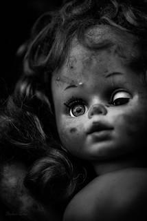 Mono Doll