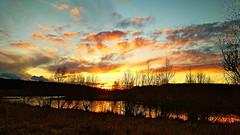 Sunset vista over Horseshoe lake (eucharisto deo) Tags: sunset afterglow reflection reflected horseshoe lake sence valley park