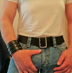 DSC_0258 (armybelt007) Tags: leatherbelt leatherandjeans leatheranddenim wristband armband armybelt militarybelt officerbelt crotch crotchgrab bulge jeansandleather beltandjeans blue jeans