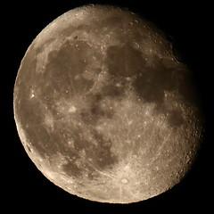 464A1162 (Cilmeri) Tags: moon wales luna nightshots nightsky snowdonia lunar gwynedd eryri trawsfynydd