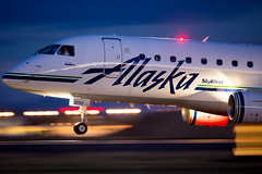 Alaska Airlines (SkyWest) Embraer EMB-170/75 N171SY - KSEA (jplphoto2) Tags: alaskaairlines alaska as asa