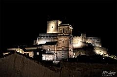 Alcaudete (E.M.López) Tags: noche andalucía monumento medieval nocturna otoño octubre castillo jaén monumental 2015 alcaudete edadmedia iglesiadestamaría calatravo sierrasurdejaén castillocalatravo