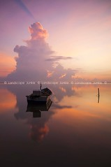 Zero none nada . . . (Landscape Junkie) Tags: clouds sunrise reflections boat serenity malaysia awan goldenhour refleksi sampan rayoflight kelantan sigma1020mm tumpat leefilters nikond90 jubakar landscapejunkie muhamadfaisalibrahim