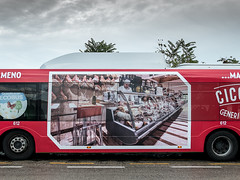 leica red italy bus italia who meat pullman carne rosso autobus processed prosciutto abruzzo giulio leicacamera oms francavilla leicadlux giulionikon giuliogigante