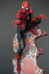 Spider-man Classic | Statue | Sideshow Collectibles (leadin2) Tags: man classic statue canon spider spiderman peterparker collection peter marvel campbell parker collectibles sideshow jscottcampbell comiquette