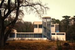 Sanatorium Zonnestraal (ParadoX_Design) Tags: zonnestraal hilversum netherlands nederland architectuur architecture duiker sanatorium building tuberculosis patient