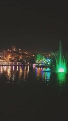#gece #park #havuz #cafe #ışık (Ercan CAN) Tags: gece park havuz ışık cafe