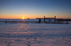 Sunset snow (vincent.quennouelle) Tags: sunset snow cold winters sun landscape weather