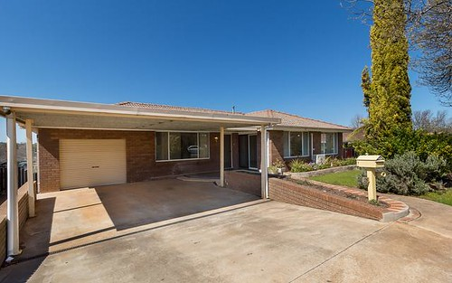 39 Boronia Crescent, Orange NSW 2800