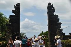 Entrance, Tanah Lot, Bali, Indonesia (Manoo Mistry) Tags: nikond5500body nikon tamron18270mmzoom bali indonesia holiday tourism fareast tanahlot seaside entrance