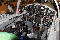 Blick in Cockpit eines Starfighter F 104 G (Wallus2010) Tags: starfighter f104g kampfjet cockpit canon 18270 tamron witwenmacher flugzeugmuseum hannover germany laatzen ettl2 flugzeug düsenjäger lockheed
