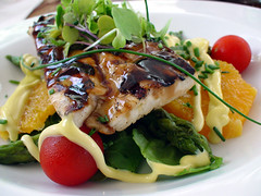 grilled chicken (szeing) Tags: travel food chicken tomato salad bahamas iatethis harbourisland diningout